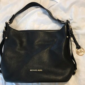 Black Micheal Kors Purse